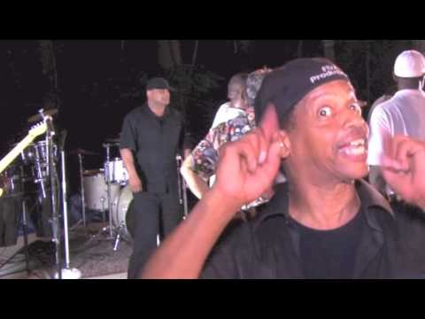 FUNK THE PARTY POOPERS (A FIX IT PRODUCTION/FOCUS FILMS)