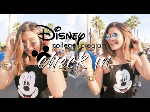 My First Day // Check In | Disney College Program 2018