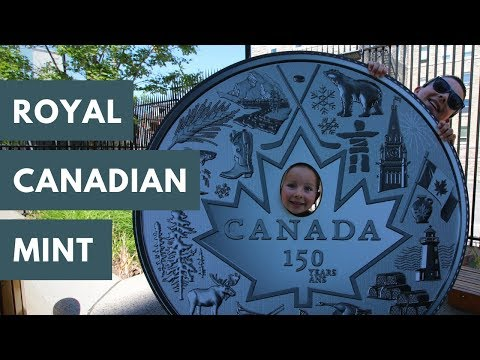 Exploring Ottawa - ByWard Market, Notre Dame Cathedral & the