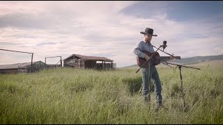 "Colter Wall // ""Bob Fudge"" - Live from the Back Pasture"