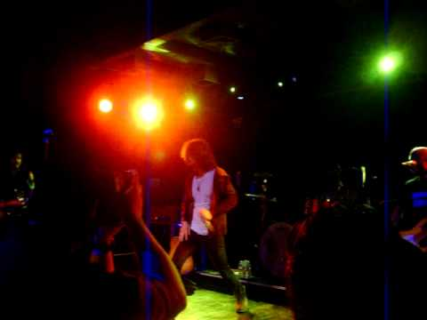 Chris Cornell - Sweet Revenge  / Get Up (23-Feb-2009, London, UK.)