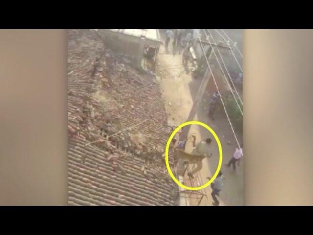 Watch: Leopard attacks rescue worker