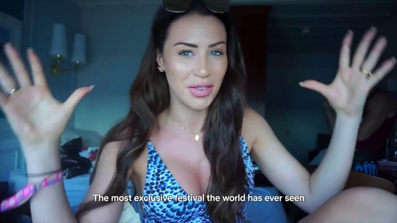 Sexy Youtube Lady Fyre naked photo 2017