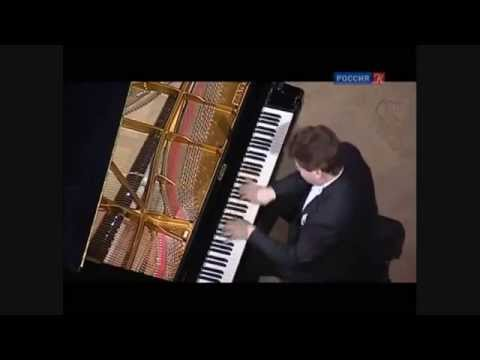 Denis Matsuev plays bravura encores in Moscow
