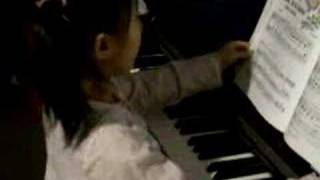 Charmaine funny video (playing piano)