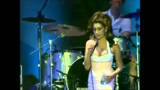 Amy Winehouse - Remember walking in the sand