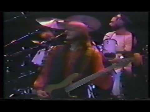 Chicago (Band)- Baby What a Big Surprise- LIVE 1977