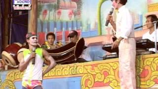Repeat youtube video ลิเกคณะ ชาตรี รุ่งเรืองศิลป์ ชุดพิเศษ ช๊อตเด็ดๆบางตอน จากเรื่อง อังษะษีทอง ตลก มันส์ ฮา 2