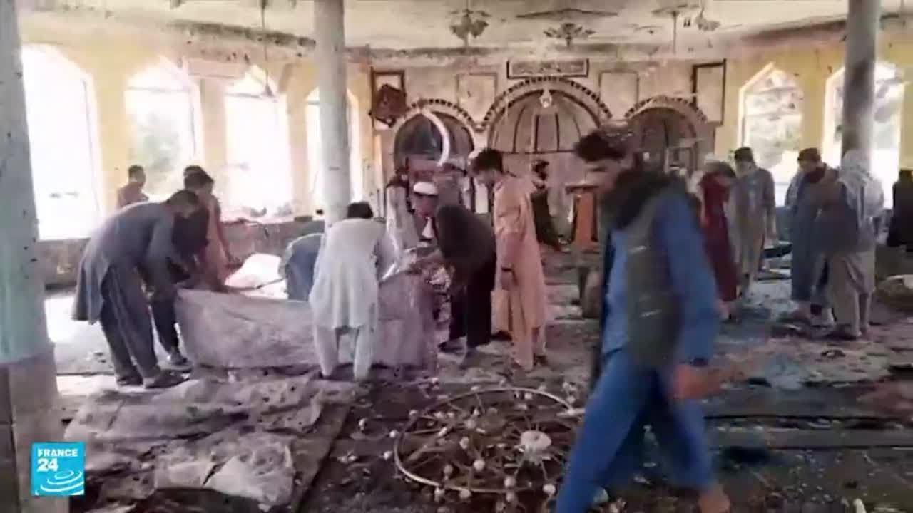 عشرات القتلى والجرحى جراء انفجار استهدف مسجدا لأقلية الهزارة الشيعية في مدينة قندوز الأفغانية