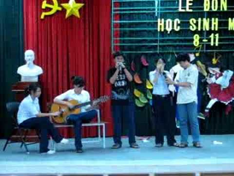 Chiếc lá đầu tiên - PTNK Harmonica Club