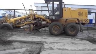 Top heavy equipment fail compilation 2016, extreme mudding gone wrong, trucks mudding fail