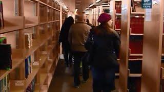 Изоставени деца посетиха най-съвременната голяма университетска библиотека в България