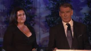 Pierce and Keely Shaye Brosnan at 2018 UCLA Institute of the Environment and Sustainability Gala キーリーシェイスミス 検索動画 2