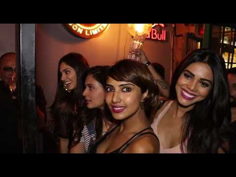 Hot Bollywood Chicks Makes Fun at Night Party Organised at  Pub Crawl By Myntra Sneaker Club