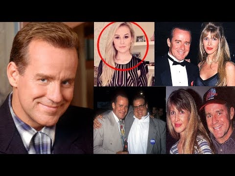 Unknown Surprising Facts About Phil Hartman  Pastimers