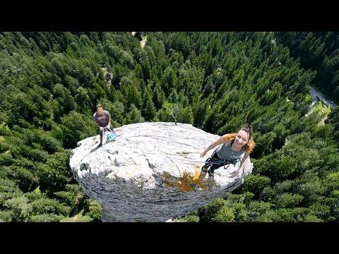 GoPro: Climbing the Monolithde YouTube · Haute définition · Durée:  2 minutes 39 secondes · 576.000+ vues · Ajouté le 27.03.2015 · Ajouté par GoPro