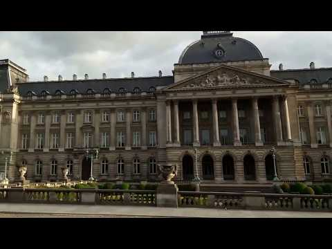 The facade of the Royal Palace of Brussels