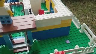 Hello neighbor Roblox in Lego