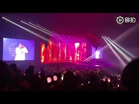 Seungri of BIGBANG - Bang Bang Bang + Fantastic Baby atau BLACKPINK Concert