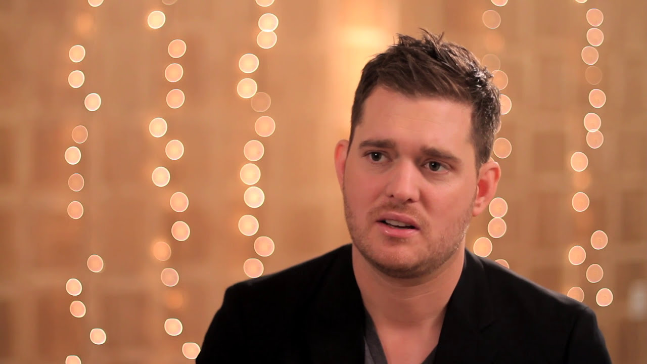 Download Michael Bublé - All I Want For Christmas is You [Studio Clip]
