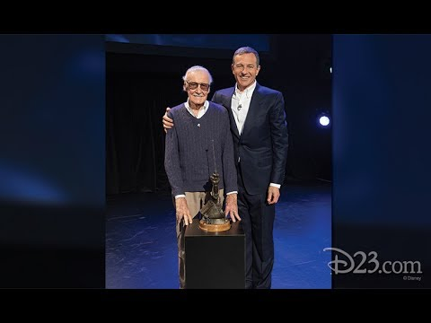 Stan Lee Receives Disney Legends Award at D23 Expo 2017
