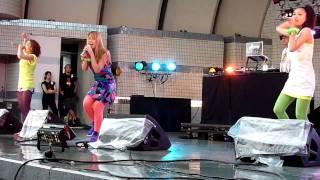 HIP HOPをベースに、ダンス・ボーカル・RAPを駆使する女の子3人組。 ALI...