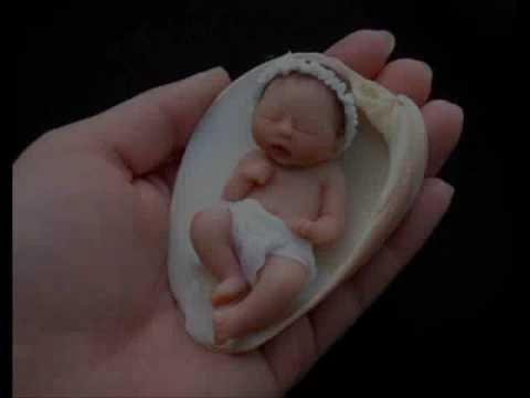 Baby Sculptor.  Camille Allen.