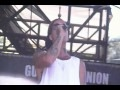 Yelawolf Performs Pop The Trunk