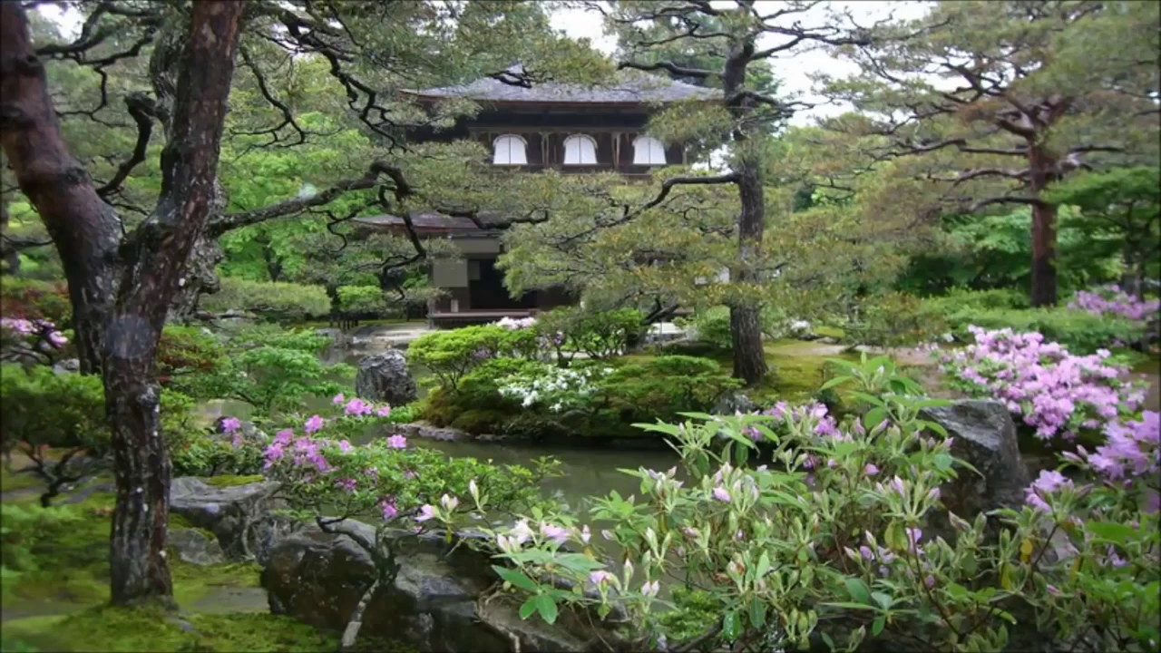 Buddhist Ceremony Traditional Japanese Garden: Beautiful Japanese Music