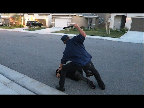 RACIST COP BEATS UP BLACK GUY!!! | Mega McQueen