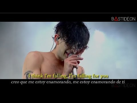 The 1975 - Falling For You (Sub Español + Lyrics)
