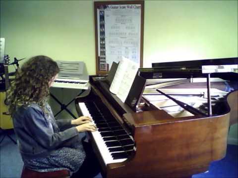 Piano   Amina   Follow the Leader   A to G Music School   Sutton   Teacher   Lessons