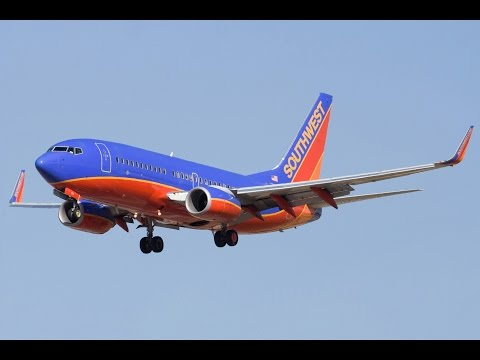 Southwest 4013 landed at wrong airport - ATC Recording