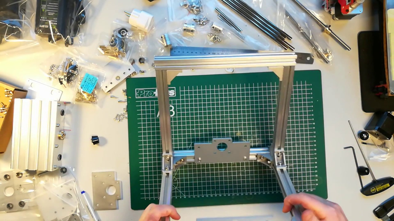 T8 CNC Router Engraver Kit Teil 2 Rahmen - YouTube