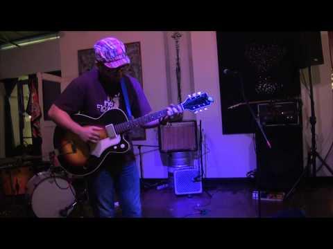 Ross Hammond - Live at Bows & Arrows, Sacramento, CA - September 18, 2013