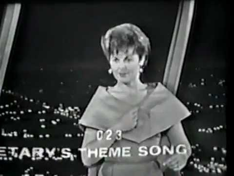 Barbara Hale Plays Stump the Stars With Perry Mason Cast