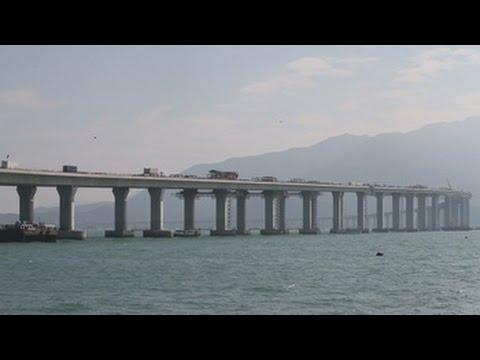 El puente que conectará Macao, Hong Kong y China genera dudas