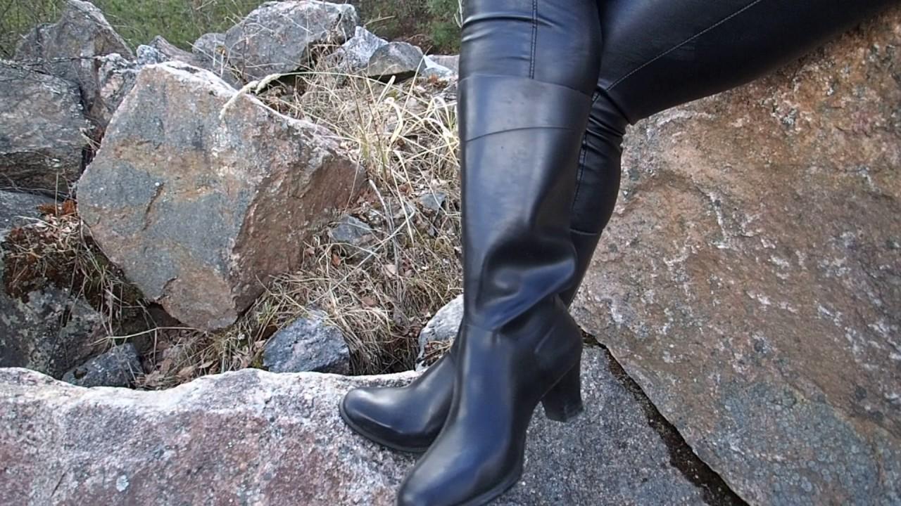 Nokia city rubber boots in garden - 1 2