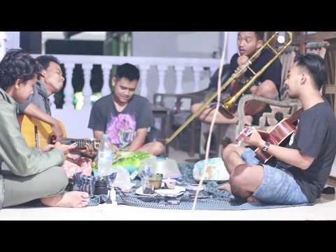 Payung Teduh-Menuju Senja (cover) by bagas