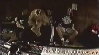 Download Producer Sylvia Massy in Sound City with Tool Mp3 and Videos
