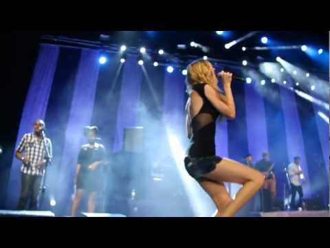 Joss Stone - (For God's Sake) Give More Power To The People @ Citibank Hall RJ