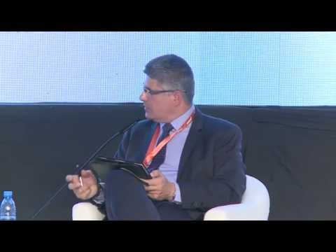 Managing Customer Service Online - ArabNet Beirut 2015