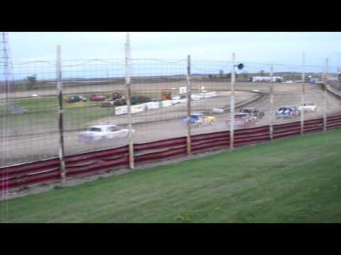 101 0762 Devils Lake Speedway 2015-10-03 Pure Stock Feature part 1
