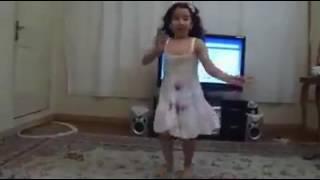 vuclip cute girl dance with balochi music