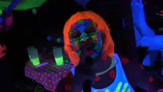 ANDY QUIRKE'S GLOW PARTY 2009