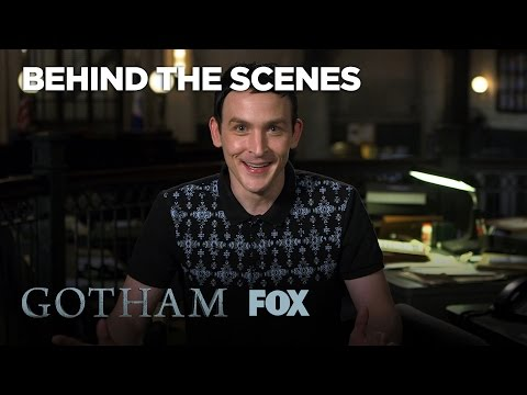 Robin Lord Taylor & Cory Michael Smith Ship Oswald & Nygma  Season 3 Ep. 7  GOTHAM
