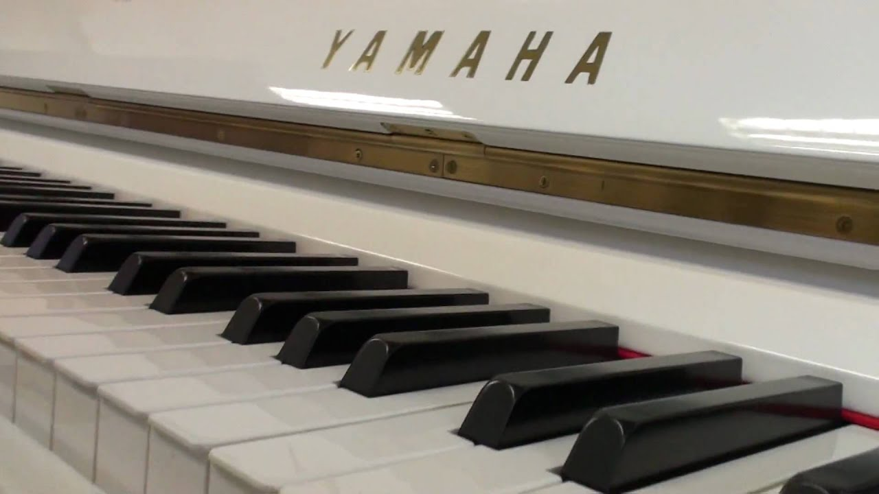 White yamaha u1 youtube for White yamaha piano