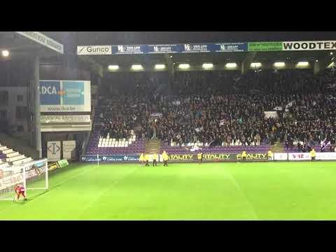 Fans Beerschot Wilrijk blijven zingen bij een 0-3 nederlaag