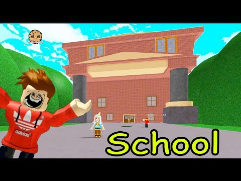 Thumbnail: At School During Summer Break!? Escape the School Obby - Obstacle Course Roblox Game Play