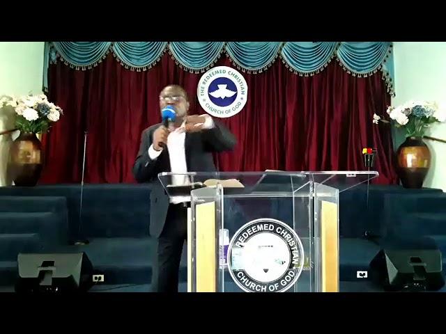 Pastor Alomaja